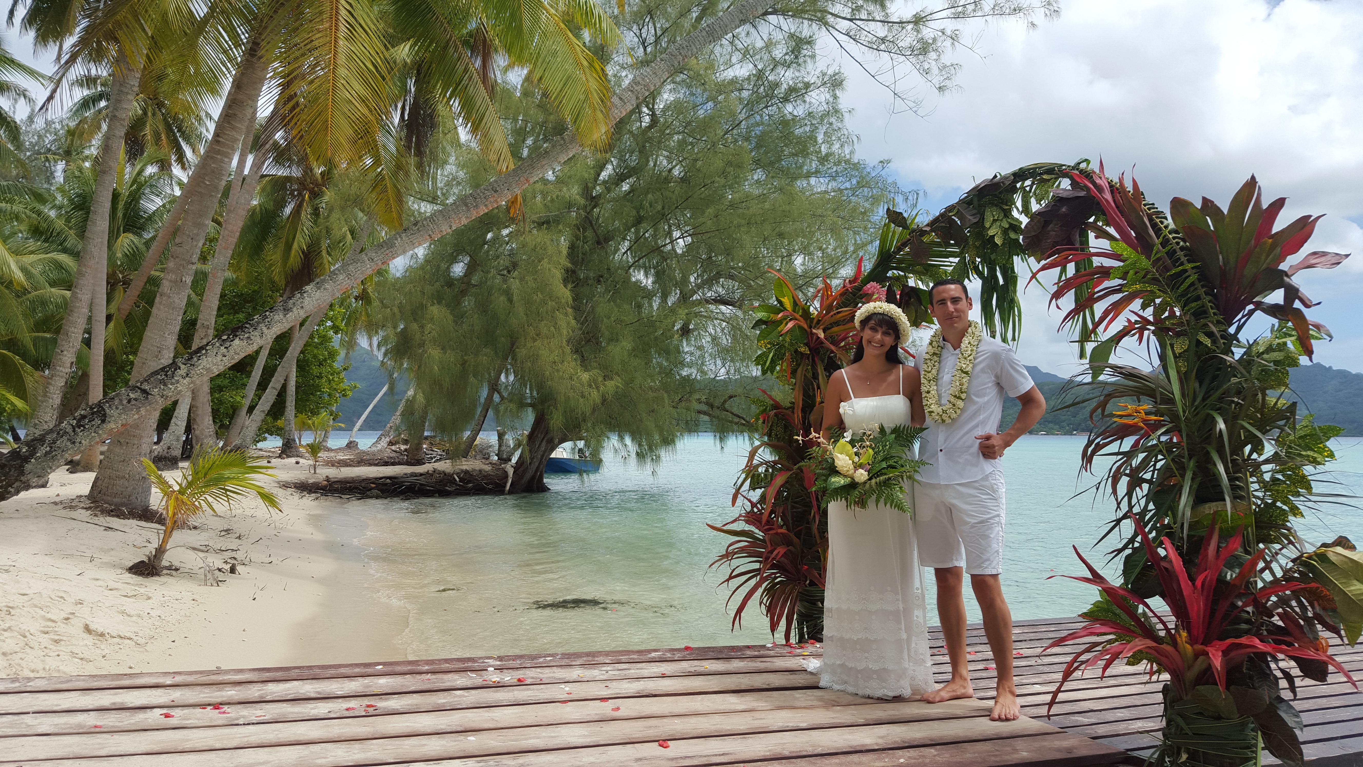 Mariage traditionnel en Polynésie Décor de rêve