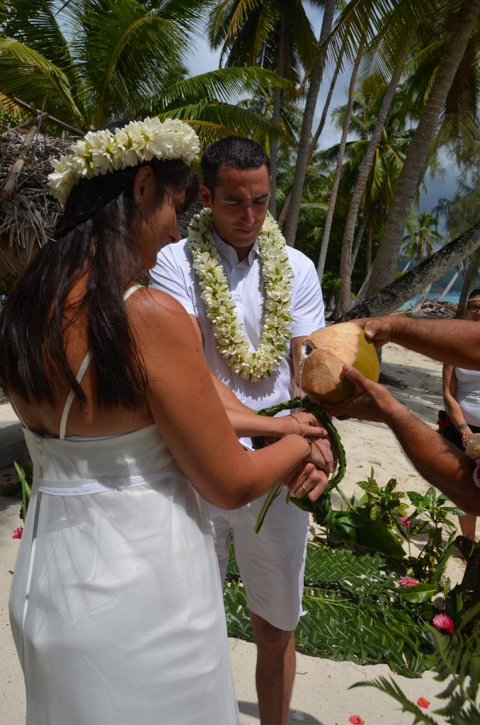 Mariage traditionnel en Polynésie bénédiction