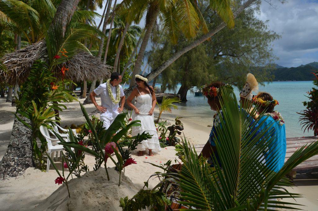Mariage traditionnel en Polynésie Le rythme dans la peau