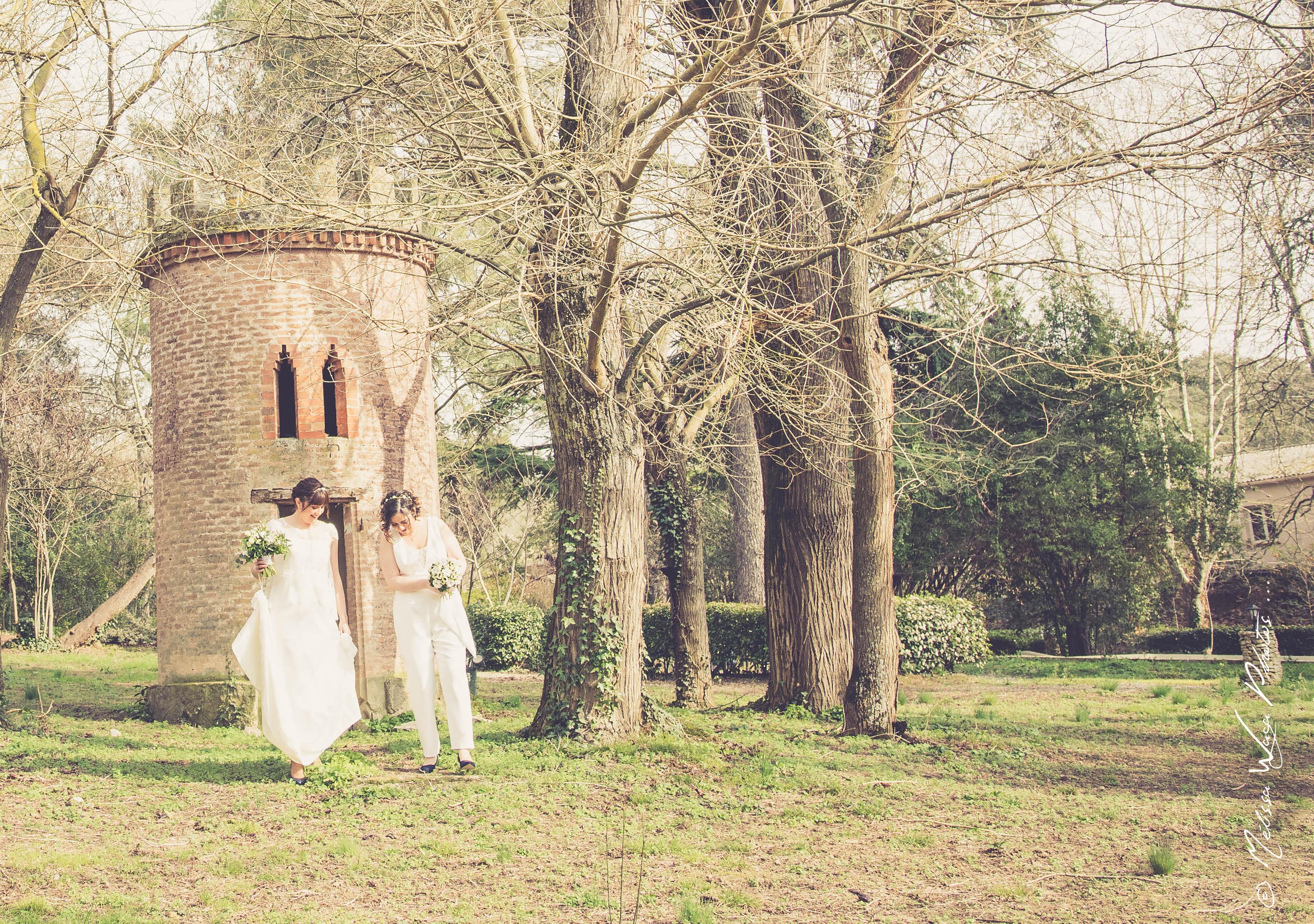 La jolie de tenue des filles pour leur mariage d'hiver