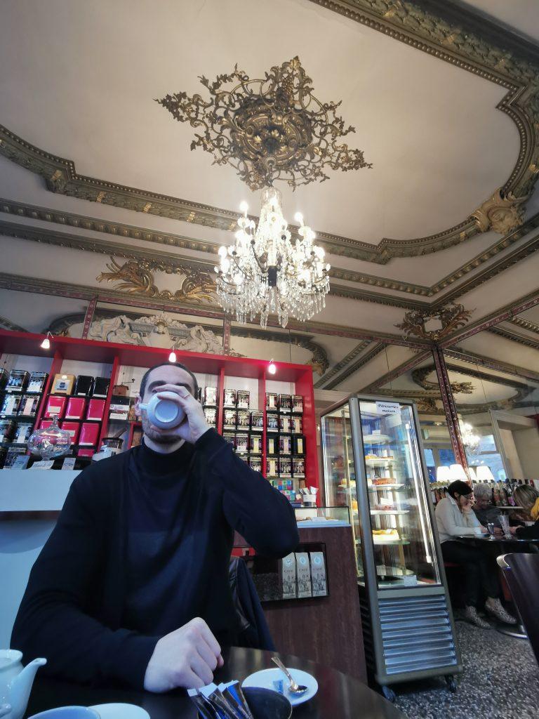 madame m blog voyage  un samedi à Albi Au Moulin à Café