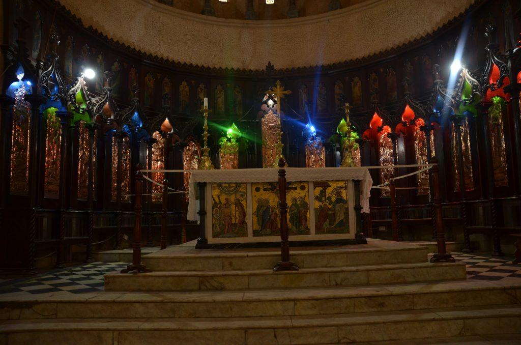 blog voyage Madame M les voyages 6 choses à faire à Zanzibar l'autel de l'église