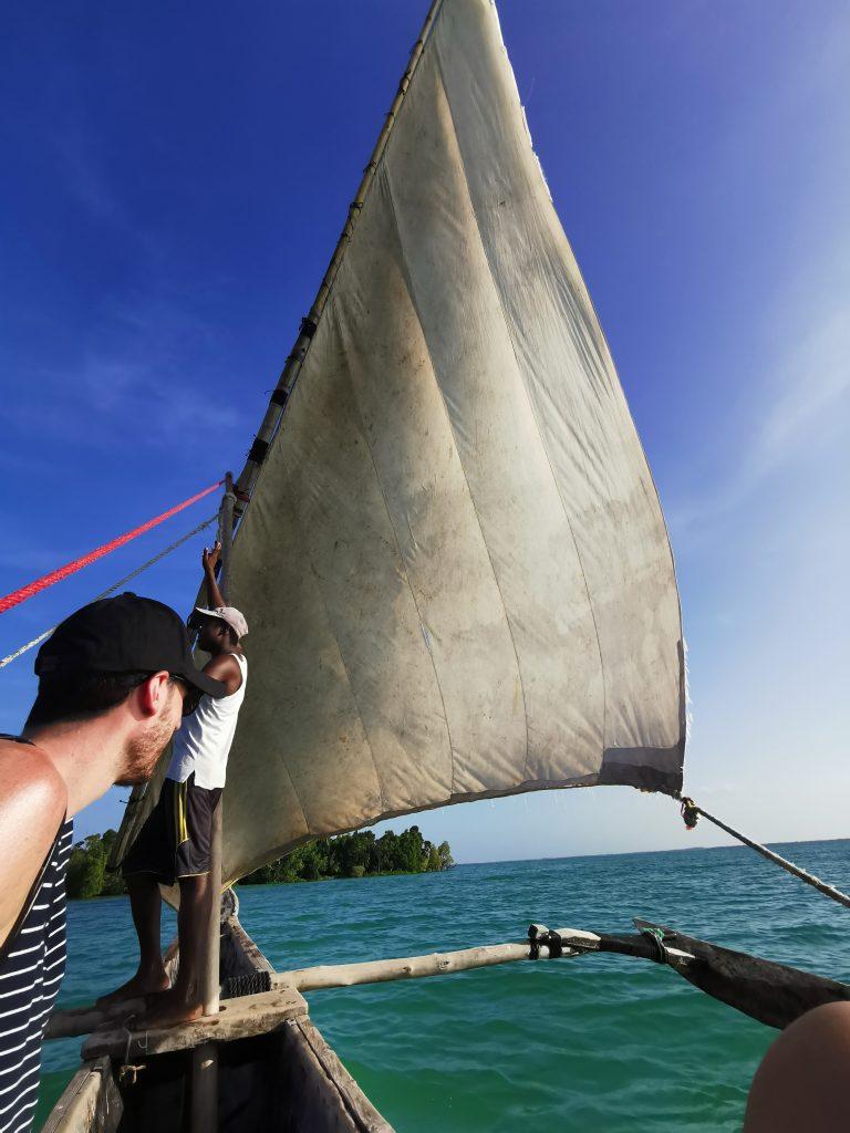 Madame M les voyages blog voyage  Découvrir Jambiani et Paje à Zanzibar Balade en dhow