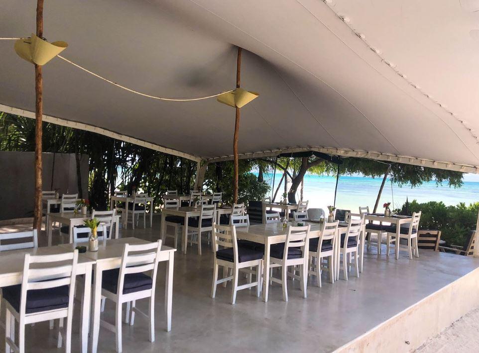 Madame M les voyages blog voyage  Découvrir Jambiani et Paje à Zanzibar Le Sharazad