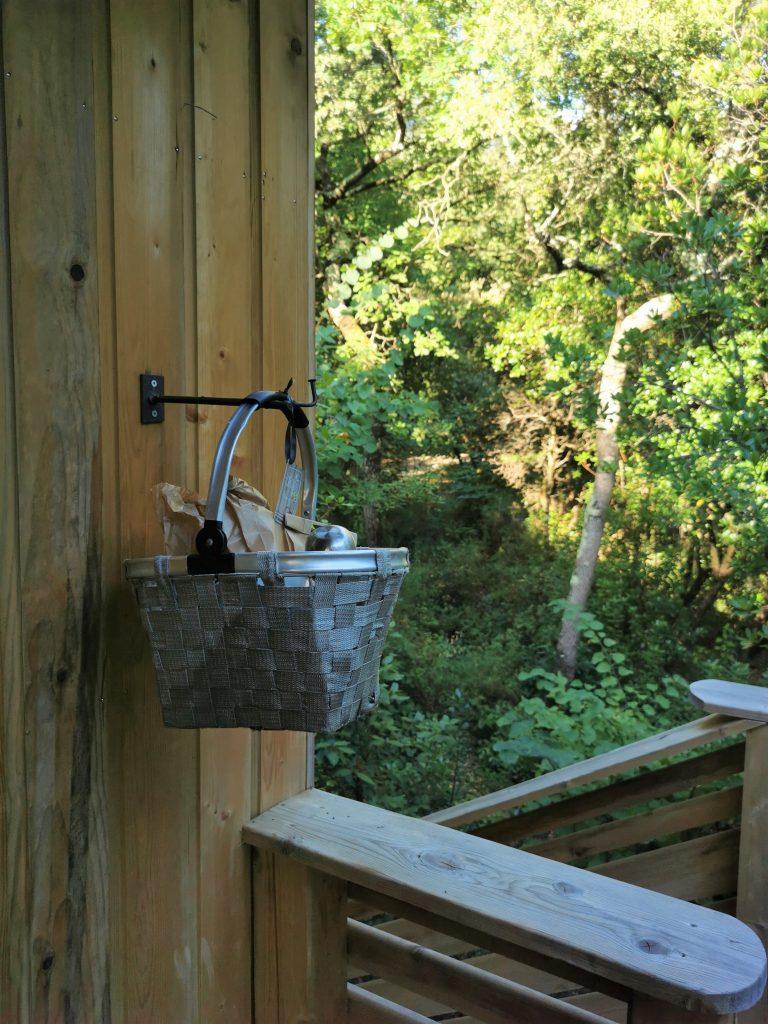 Madamem les voyages  blog voyages  les cabanes dans les bois  le service des repas